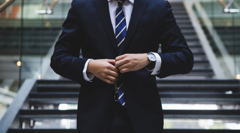 Autocratic Leadership – Key Characteristics, Strengths, and Weaknesses